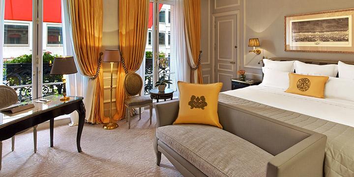 Deluxe Guestroom2