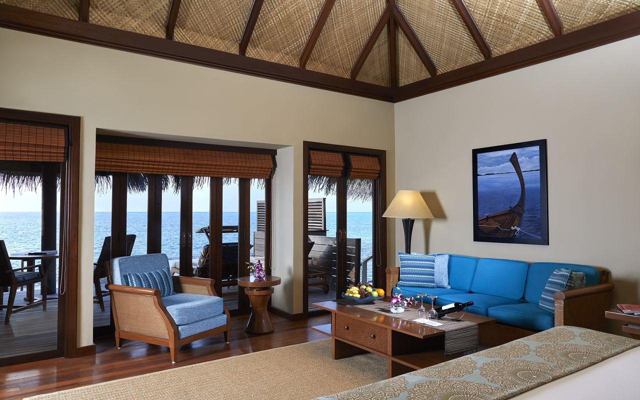 Deluxe Lagoon Villa with Pool_Bedroom with Ocean View