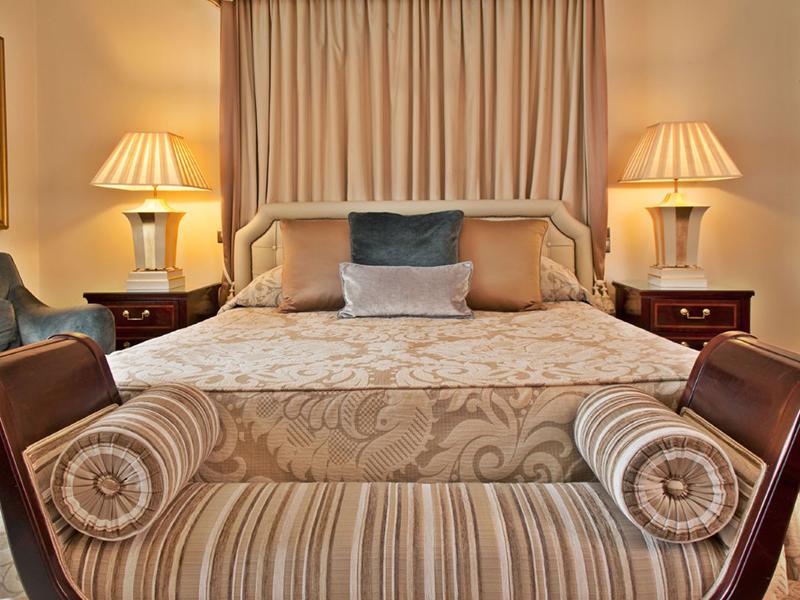 Deluxe Palácio Suites2