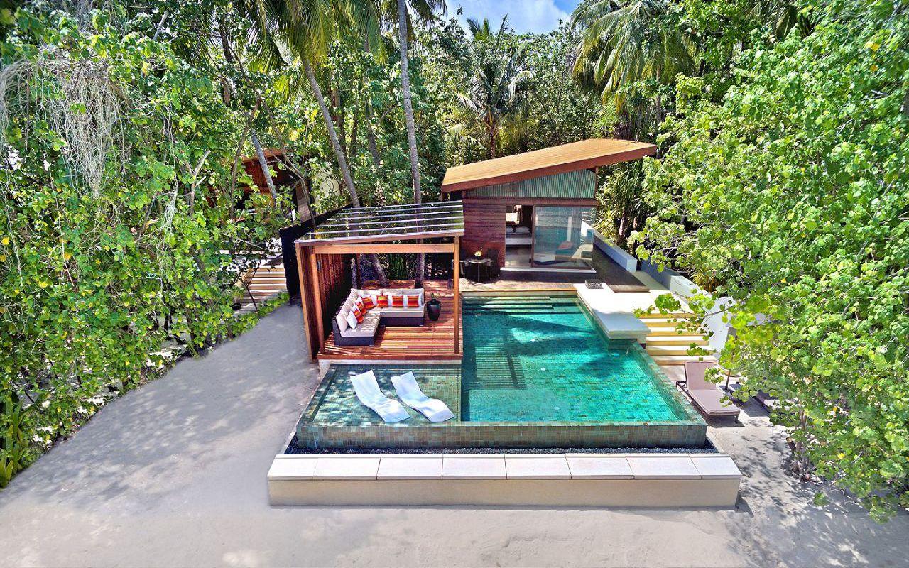 Deluxe Park Pool Villa (2)