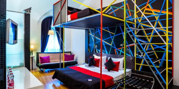 Deluxe Quadruple Room2