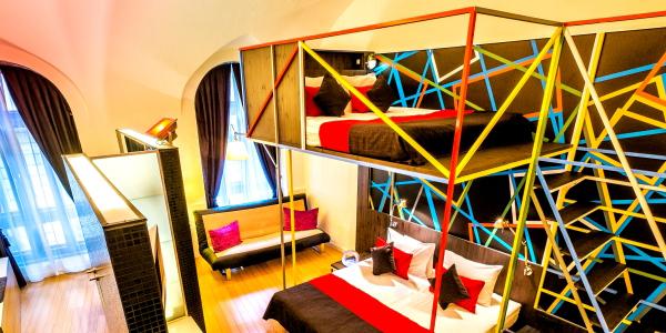 Deluxe Quadruple Room3