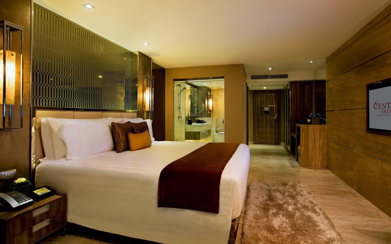 Deluxe Room 02