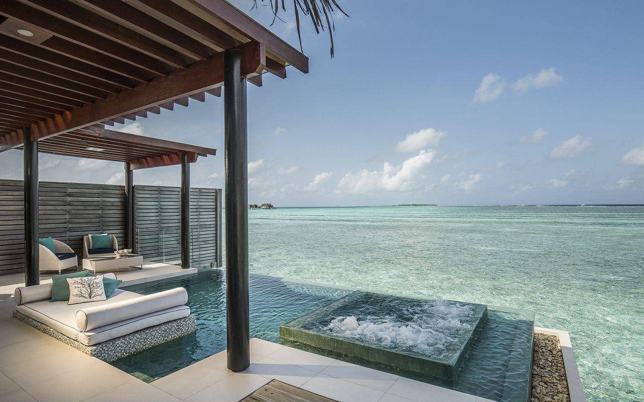 Deluxe Water Pool Villa (3)