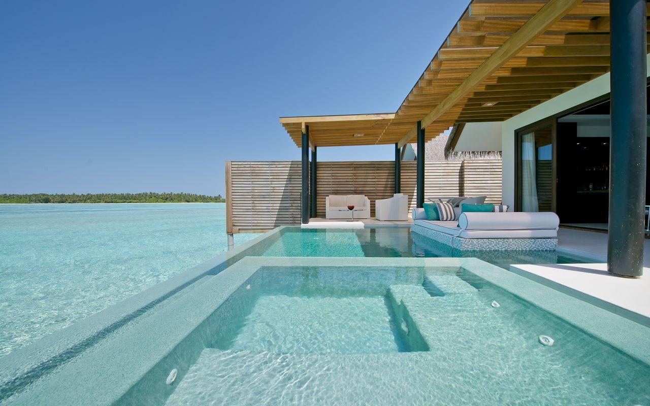 Deluxe Water Pool Villa (4)