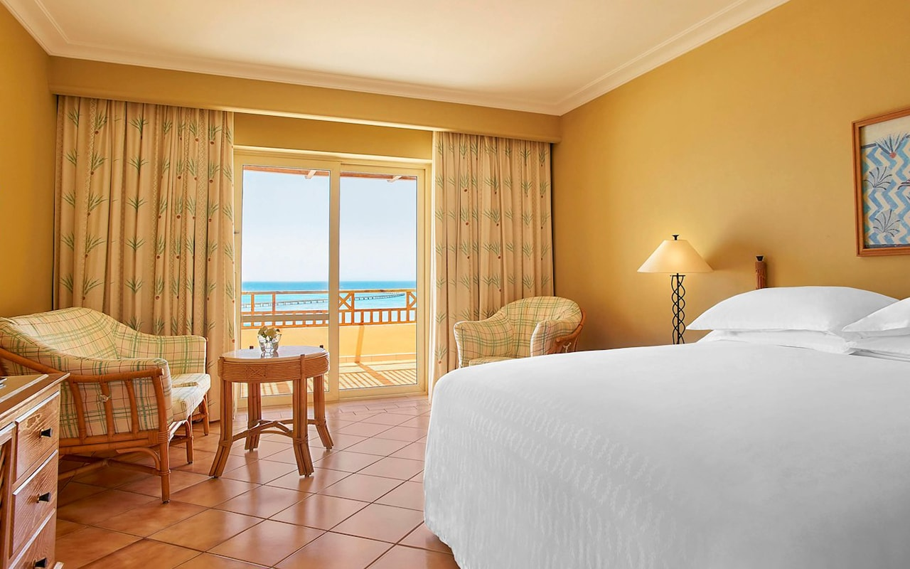 Direct Sea View Room_03-min