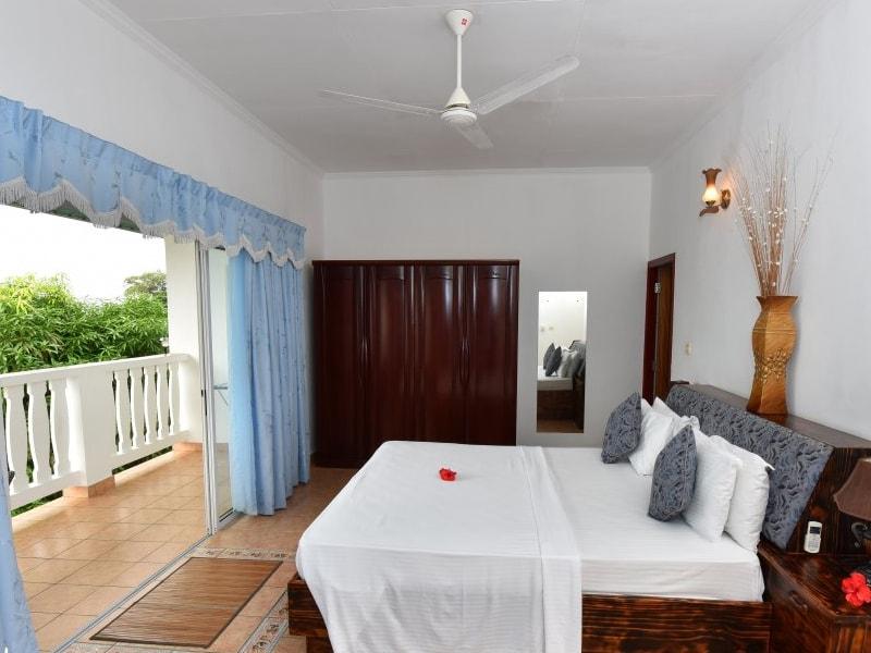 Diver'S Lodge Guest House (2)