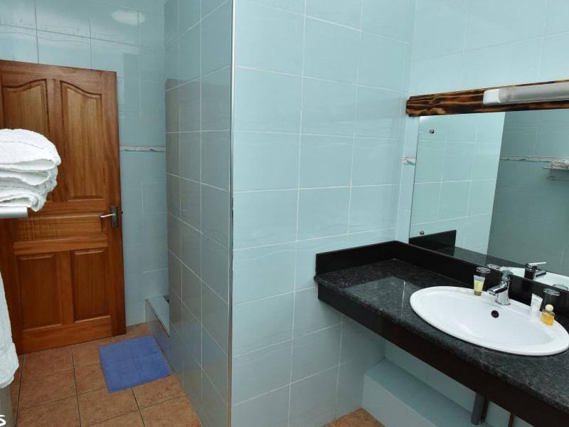 Diver'S Lodge Guest House (4)