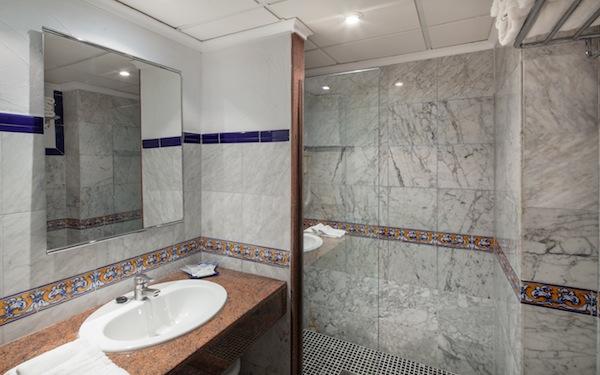 Double Standard Room2