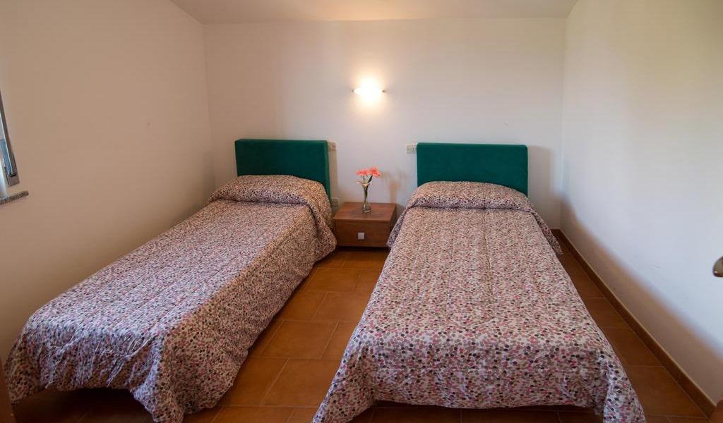 Double-Twin Room7-min
