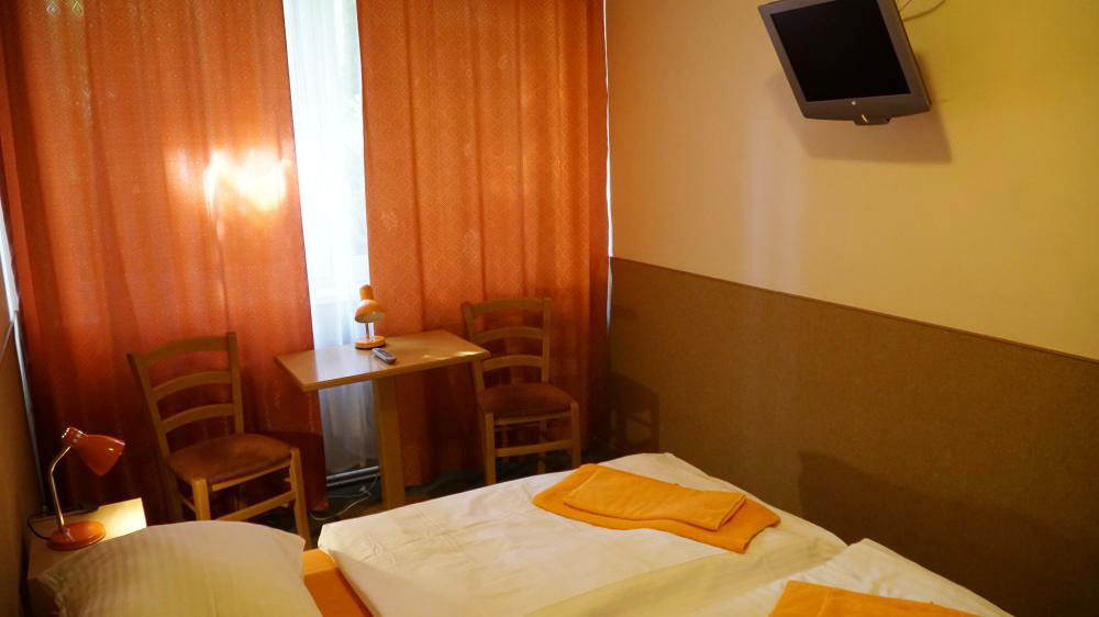 Double or Twin Room-pension-fox (2)