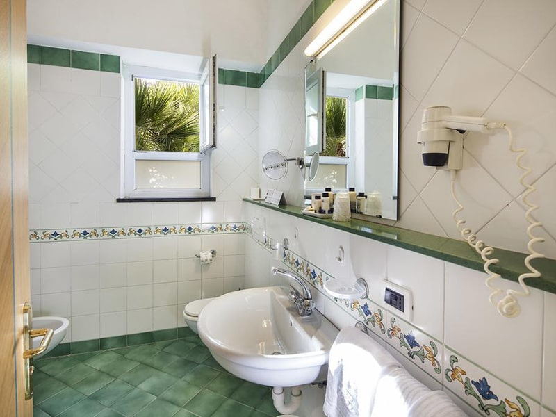 Double or Twin Room with Partial Sea View8-min