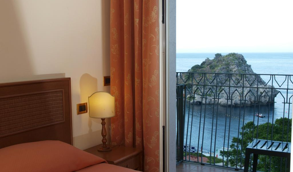 Double or Twin Room with View4-min