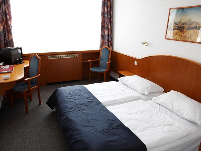 Double or Twin Room1
