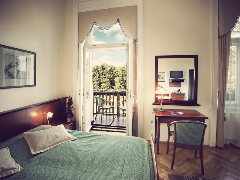 Double room with balcony3