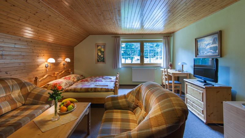 Double room with extra bed 4