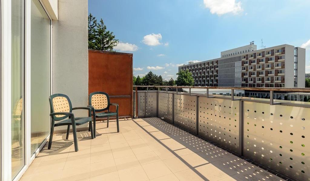 Duplex Apartment (2 Adults) - Annex 4-min