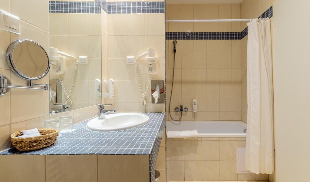 Duplex Family Apartment (2 Adults + 2 Children) - Annex 5-min