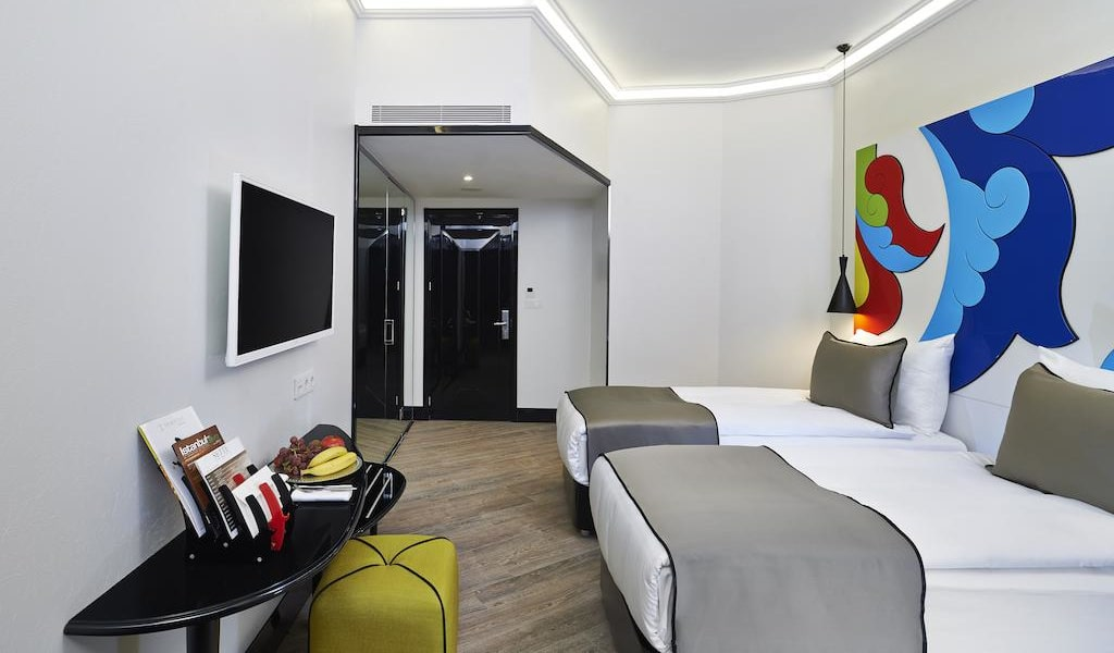 Economy Double or Twin Room1-min