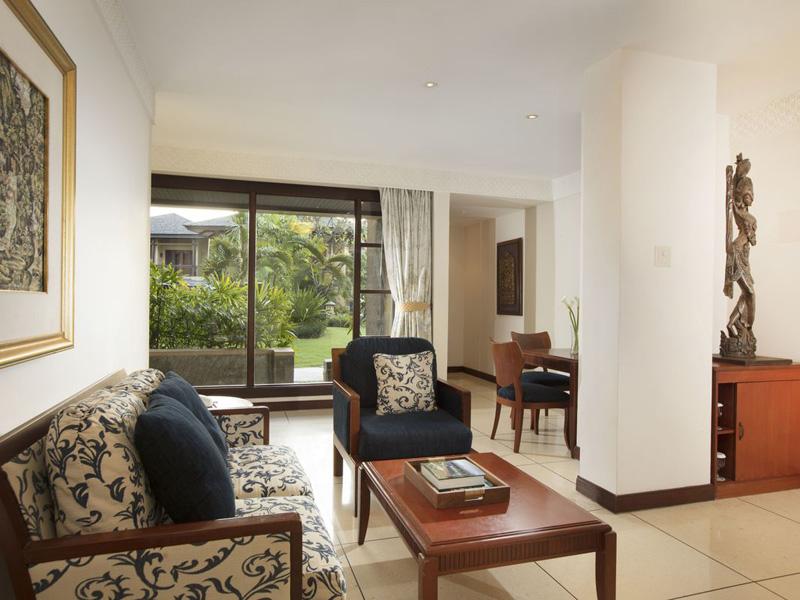 Embassy Suite II3