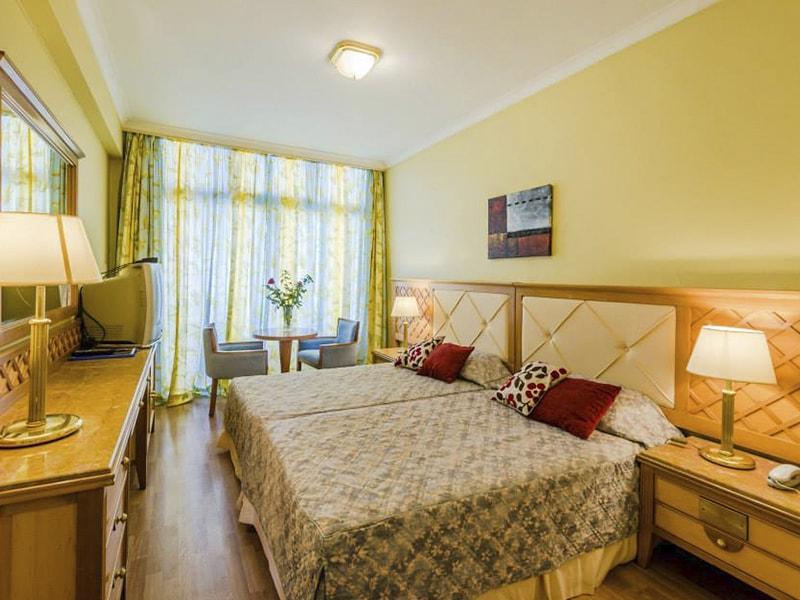 Estella Hotel Apts (19)