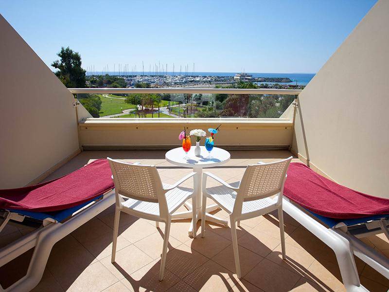Executive Marina View Room6