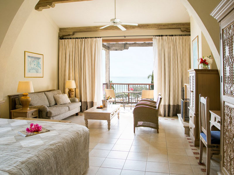 Executive Suite Sea View with fireplace (3)