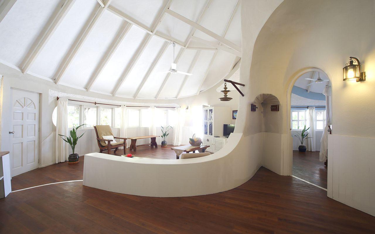 Family Deluxe Beach Villa (3)