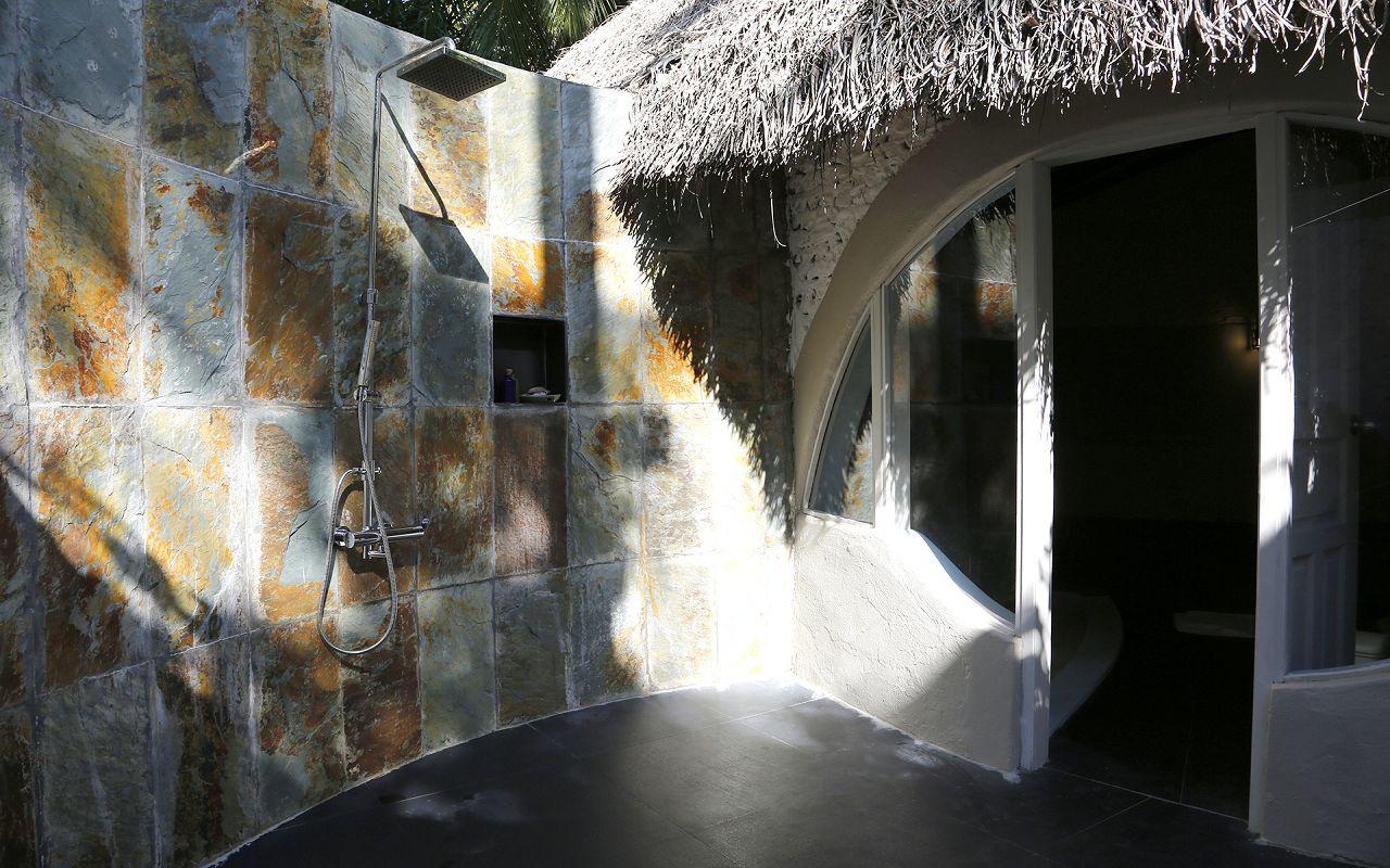 Family Deluxe Beach Villa (4)