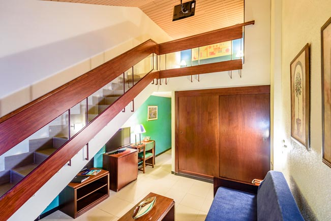 Family-Duplex Room2