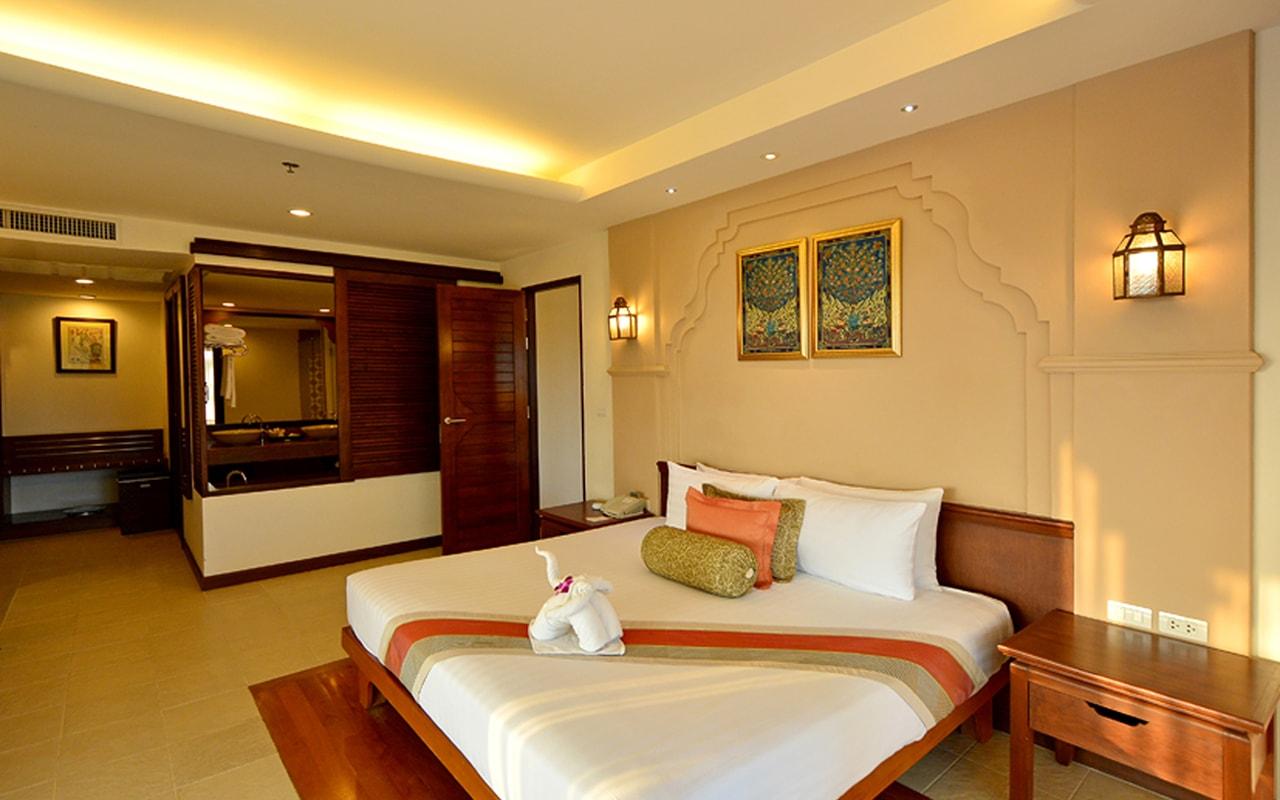 Family Suite_Bedroom 002-min