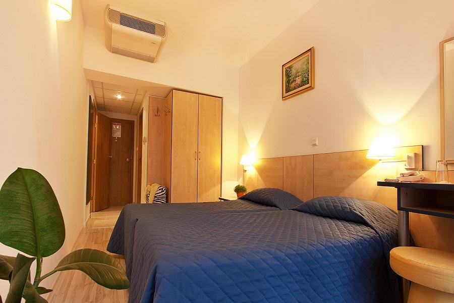 Family_room_head_hotel_madara02
