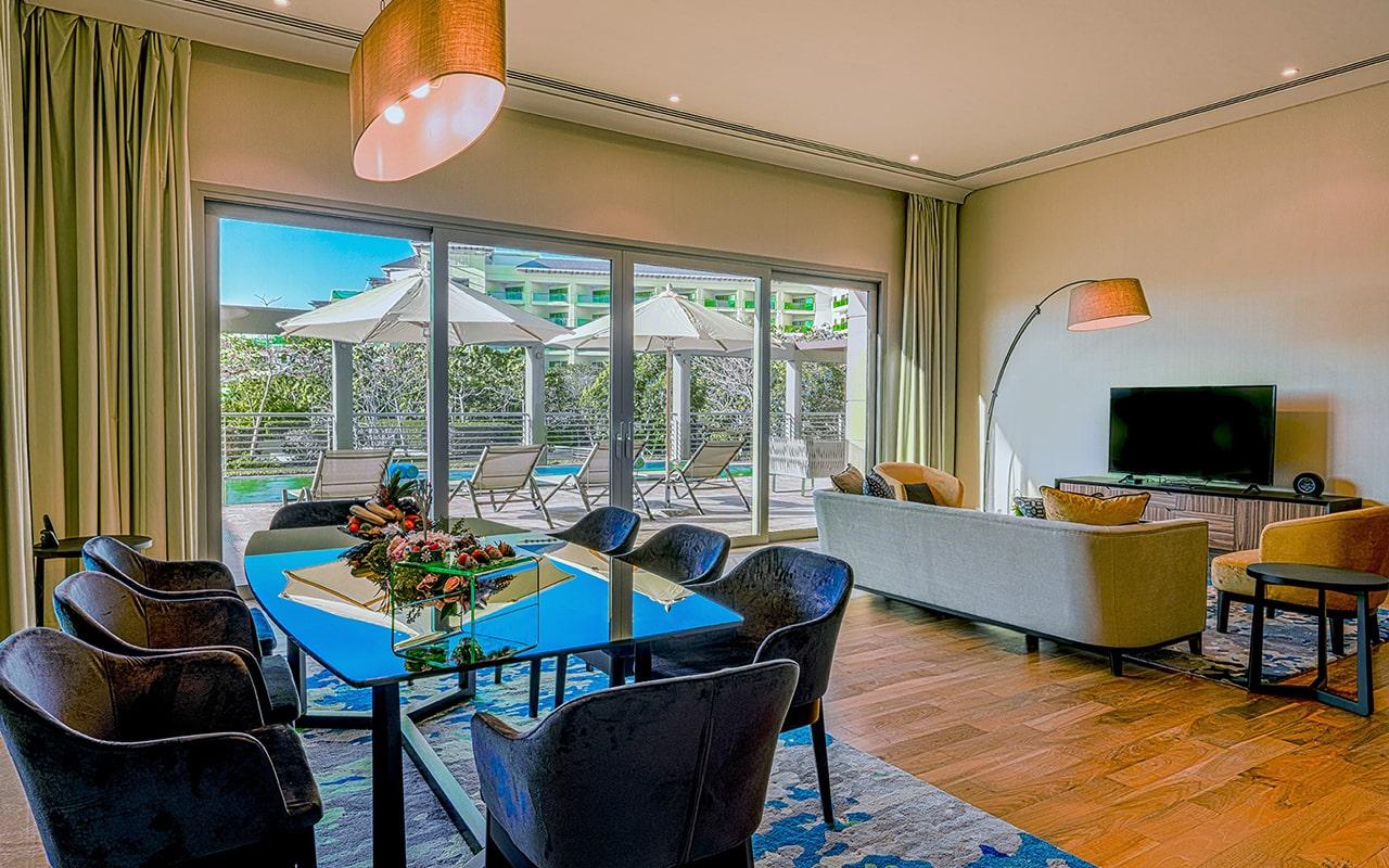 Five-Bedroom-Pool-Suite-min