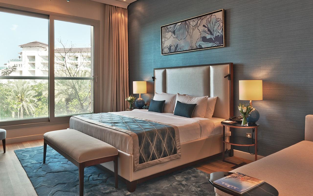 Four-Bedroom-Penthouse-Suite5-min
