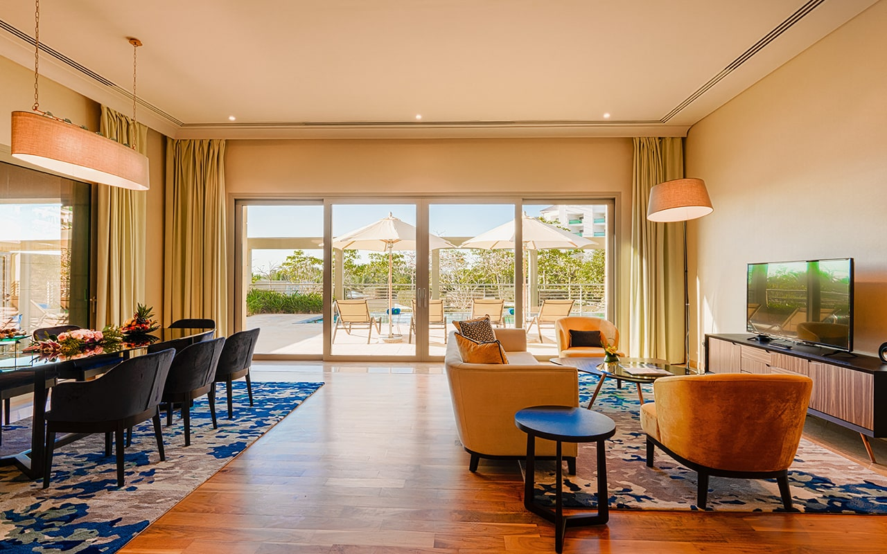 Four-Bedroom-Pool-Suite5-min