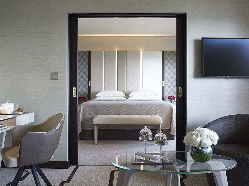 Four Seasons Hotel (43)