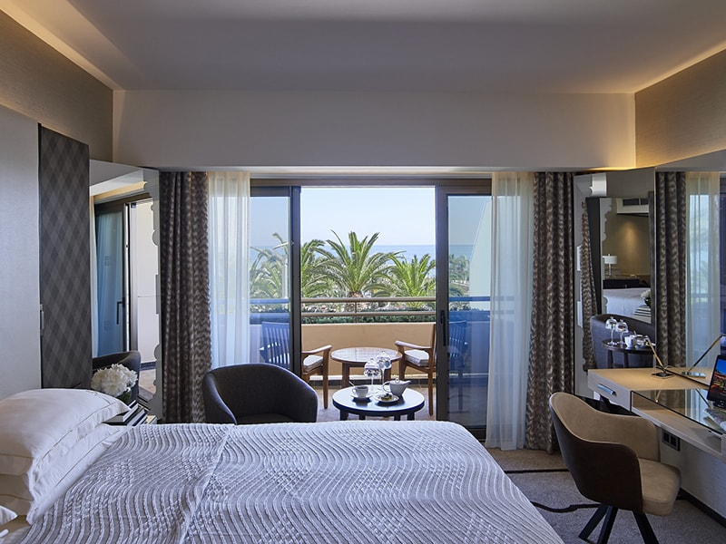 Four Seasons Hotel (9)