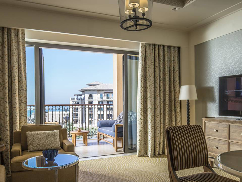 Four Seasons Sea-View Suite-3