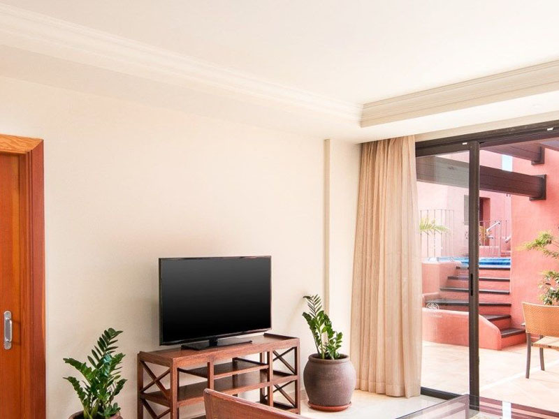 --Gallery-Rooms.-Club-Terrace-Suite.-Sheraton-La-Caleta-Resort---Spa
