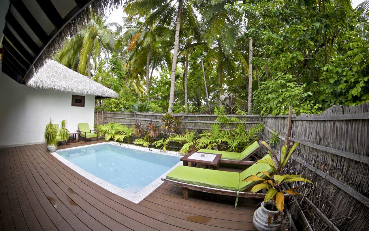 Garden Villa with pool (1)