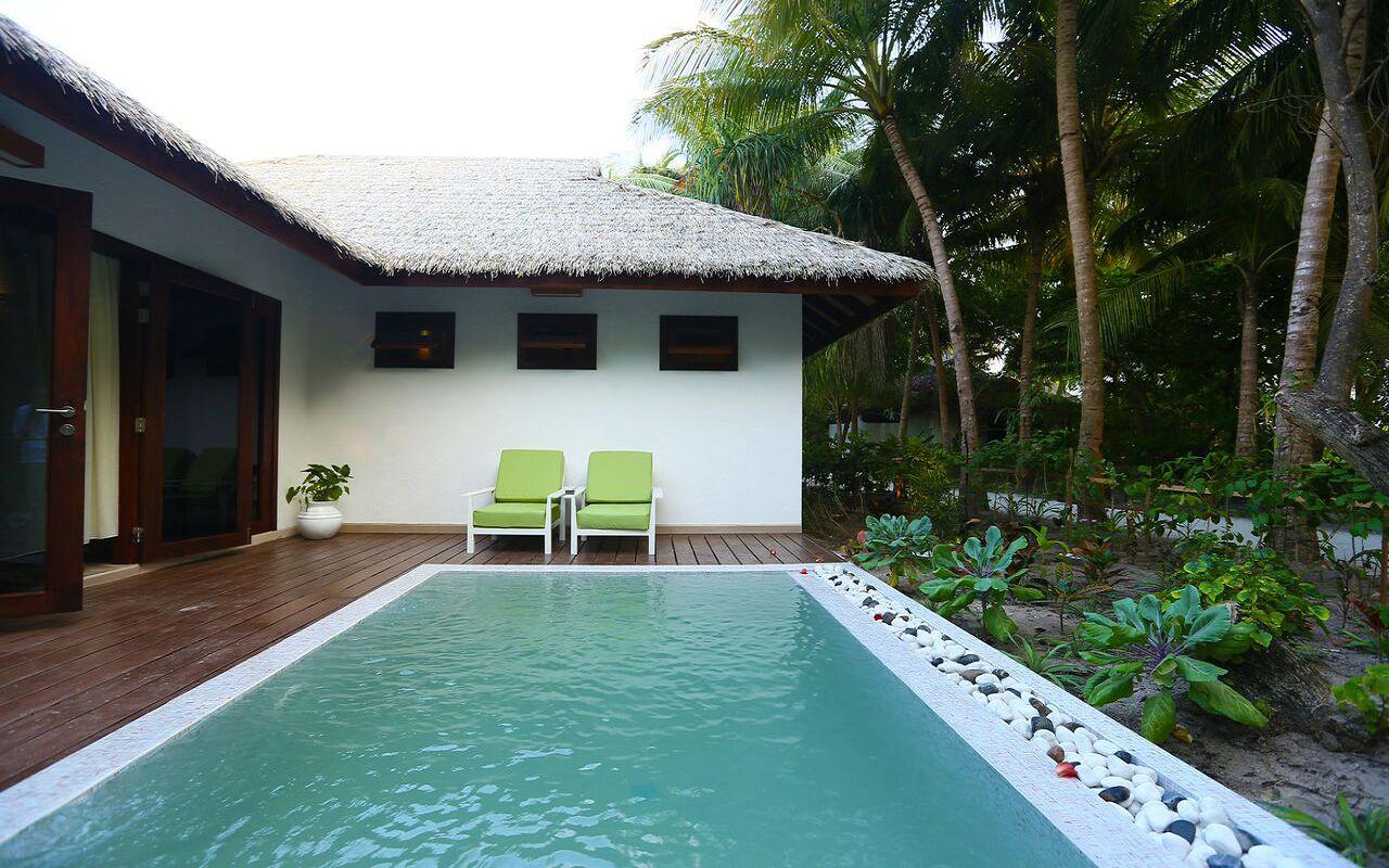 Garden Villa with pool (13)