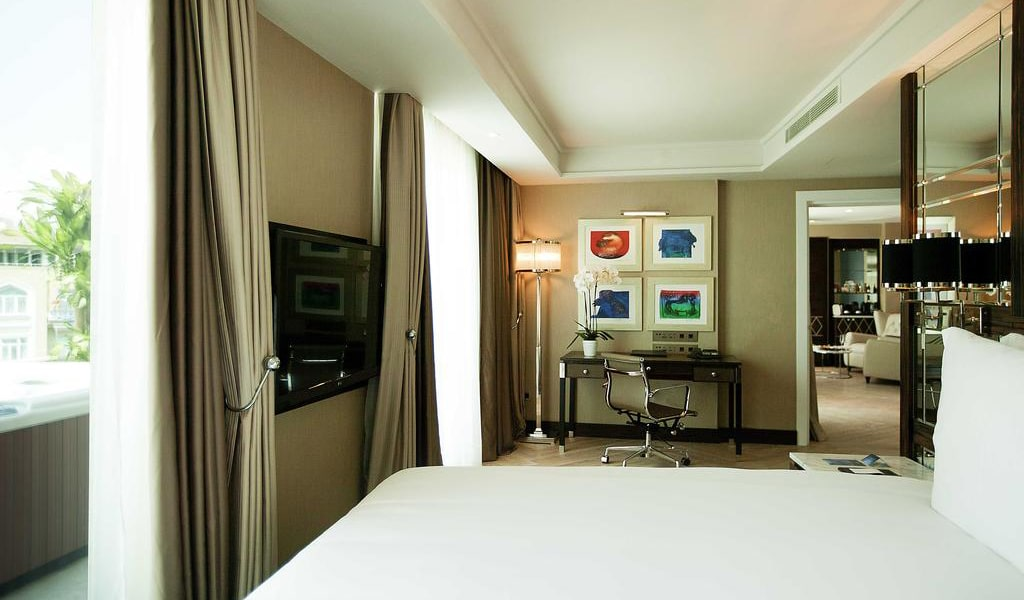 Golden Horn Terrace Suite with Sea View - Business Lounge Access 2-min