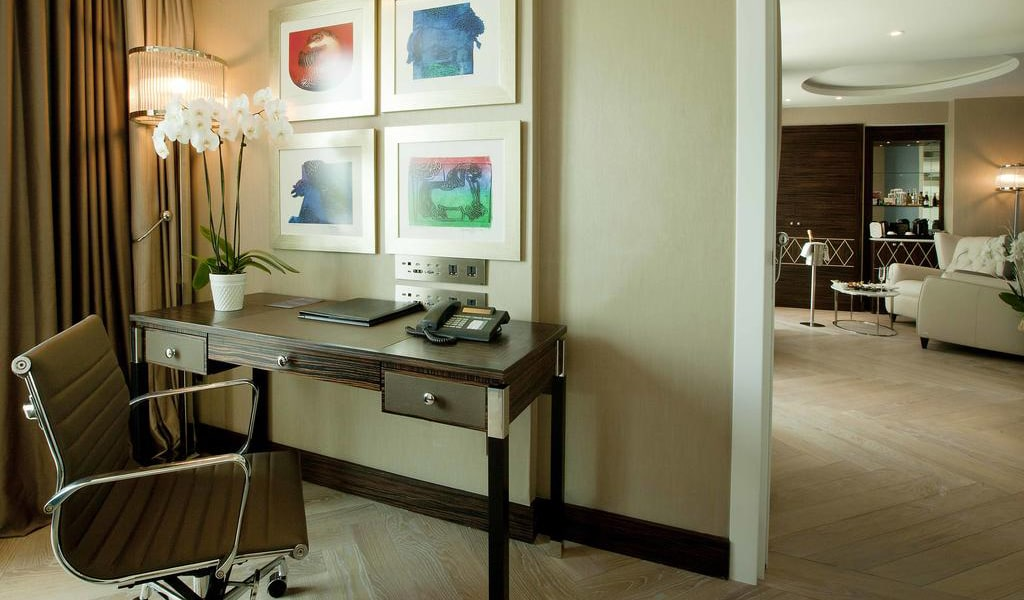 Golden Horn Terrace Suite with Sea View - Business Lounge Access 3-min