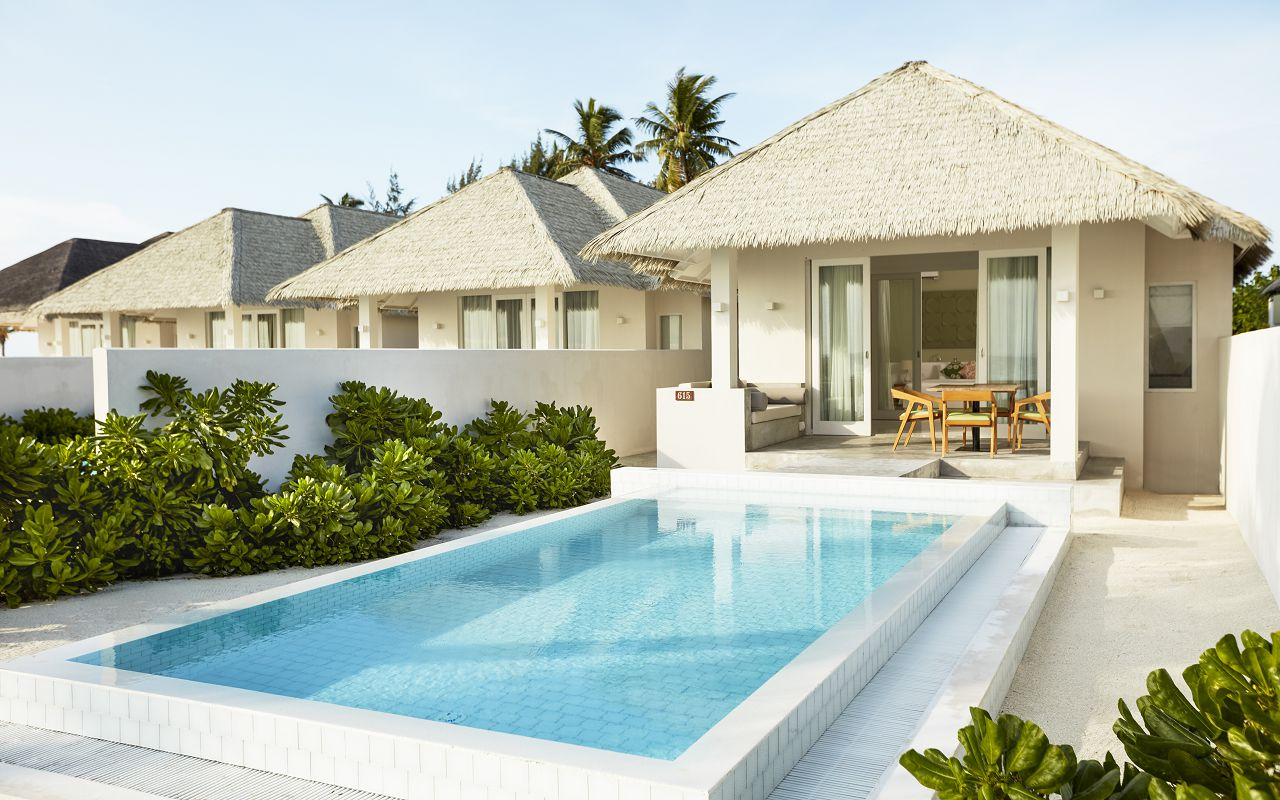 Grand Beach Suite with Pool (1)