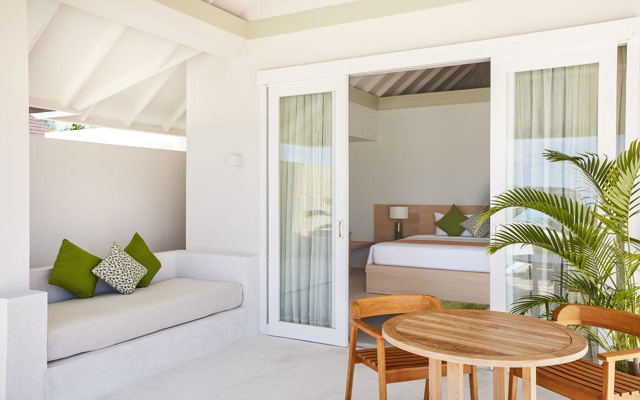 Grand Beach Villa with Pool (18)