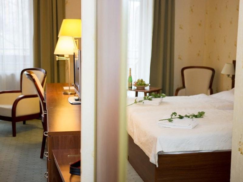 Grand Hotel Pressburg (1)