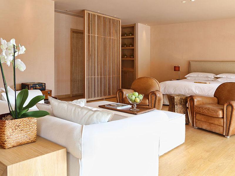 Grand Terrace Suite2