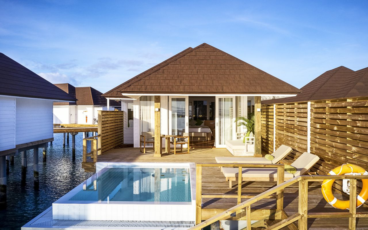 Grand Water Villa with Pool (13)