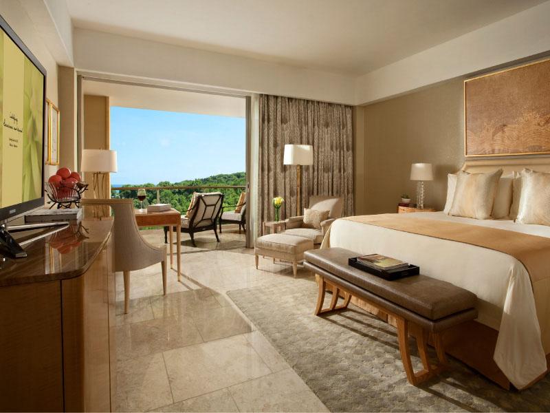 Grandeur - bedroom