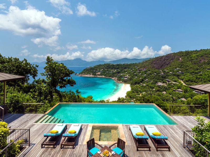 Hill top ocean view suite